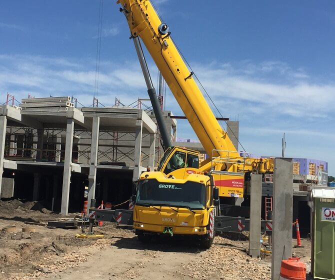Molin's New Crane Truck On-Site